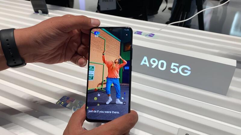 Samsung Galaxy A90'ı ilk kez yakından inceledik