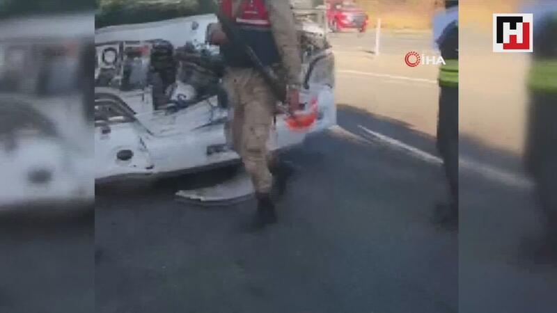 Yolcu otobüsü ile tır çarpıştı: 4'ü ağır 17 yaralı