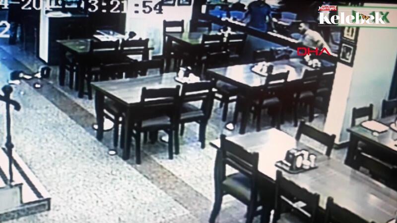 Şevket Çoruh'a saldıran grubun, restoranı birbirine kattığı görüntüler ortaya çıktı