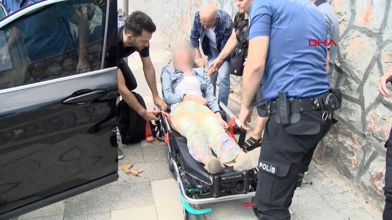 Lüks otomobilde intihar etmek isteyen kadın son anda kurtarıldı