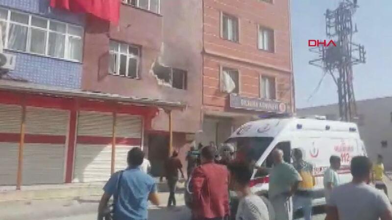 Tel Abyad'dan ateşlenen bir roket Akçakale'de bir eve isabet etti