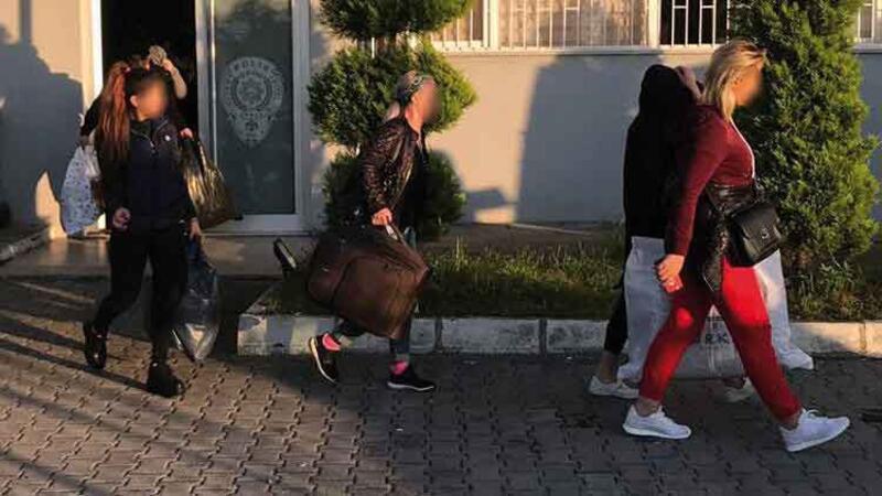 Artvin'de fuhuş operasyonu: 33 kadın sınır dışı edildi