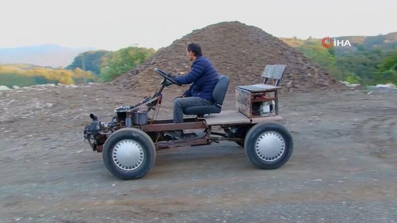 Çocukluk hayali 4x4 elektrikli aracı 3 yılda yaptı