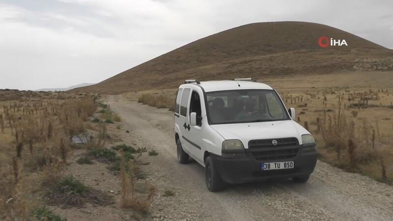 Erciyes Dağı'nda araçlar kendiliğinden rampa yukarı çıkıyor