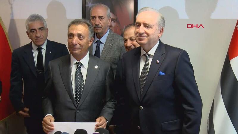 Ahmet Nur Çebi listesini teslim etti