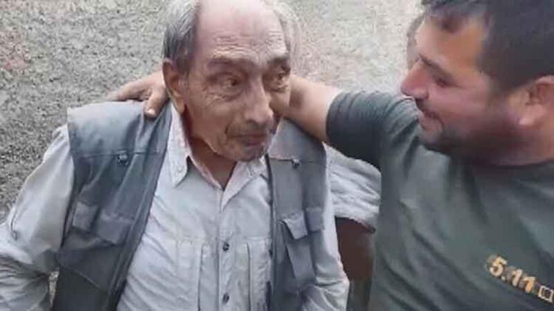 Resulayn'da YPG'li teröristlerden kurtarılan sivillere, SMO askerleri böyle yardım etti