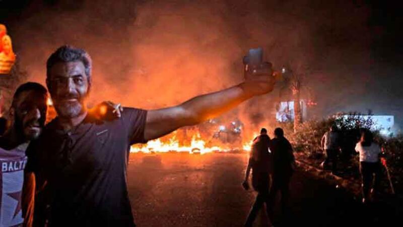 Lübnan'da, hükümet karşıtı protesto
