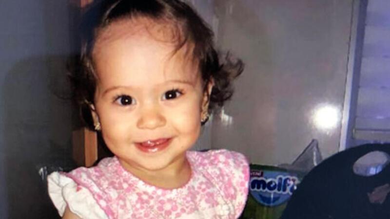 Annesinin elinden yola fırlayan minik kızın feci ölümü