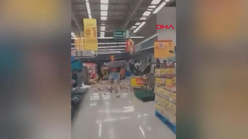 Şili'de protestocular marketi yağmaladı
