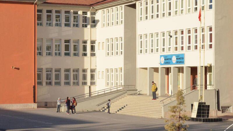 Milli Eğitim Bakanı duyurdu: Müfettiş grubu gönderdik...