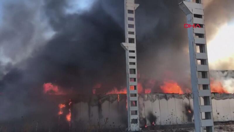 OSB'de plastik fabrikasında büyük bir yangın çıktı