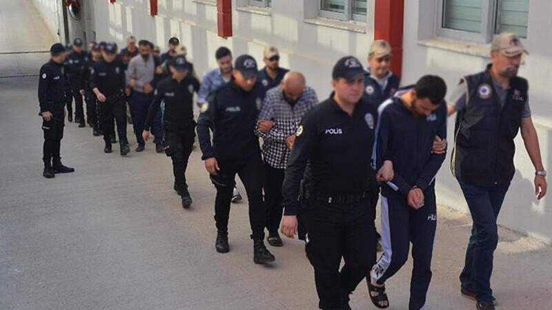 DEAŞ operasyonunda gözaltına alınan 8 Suriyeli, sınır dışı edildi