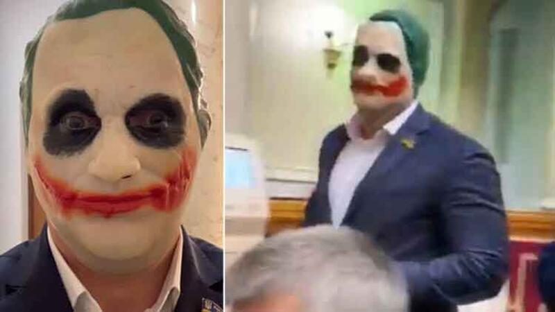 Milletvekili parlamentoya Joker maskesiyle geldi