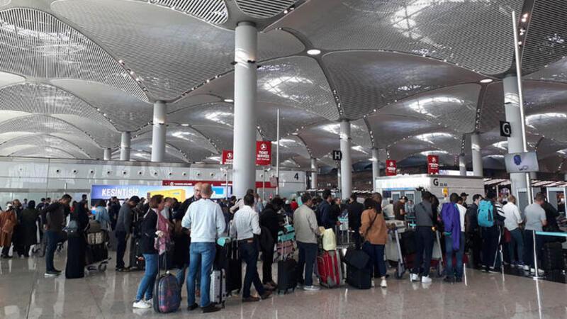 """İstanbul Havalimanı'nda """"ara tatil"""" hareketliliği"""