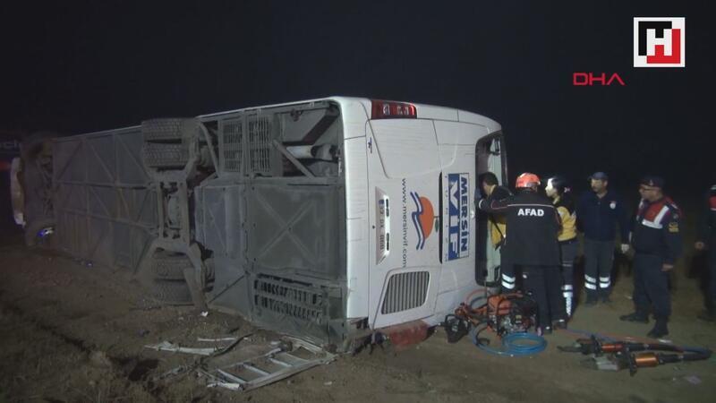 Aksaray'da yolcu otobüsü devrildi 1 ölü, 37 yaralı