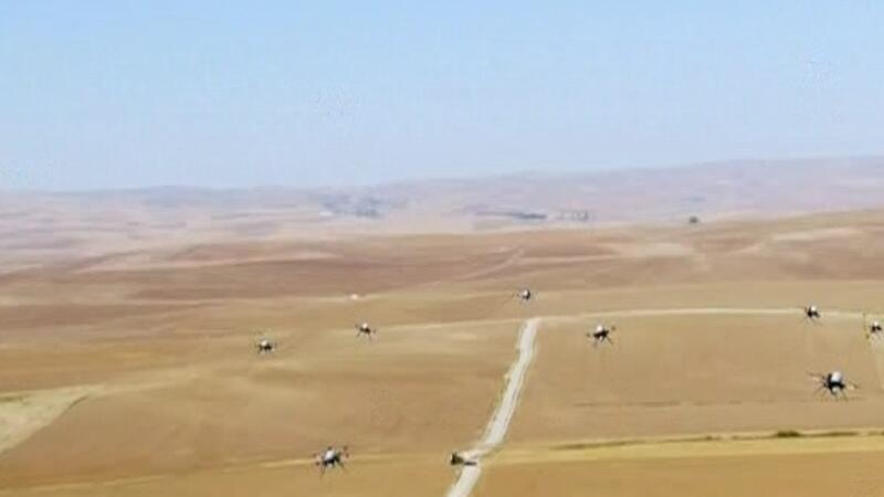 """""""Sürü Drone"""" görüntüsü ilk kez CNNTÜRK ekranlarında"""
