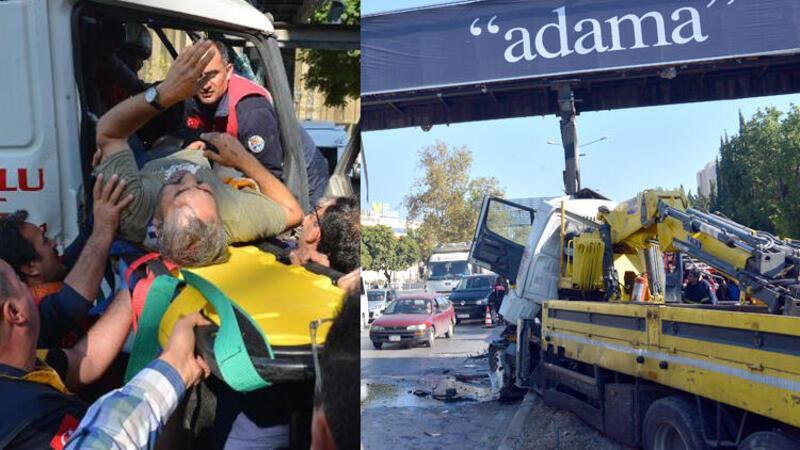 Adana'da vinç, üst geçidin ayağına çarptı
