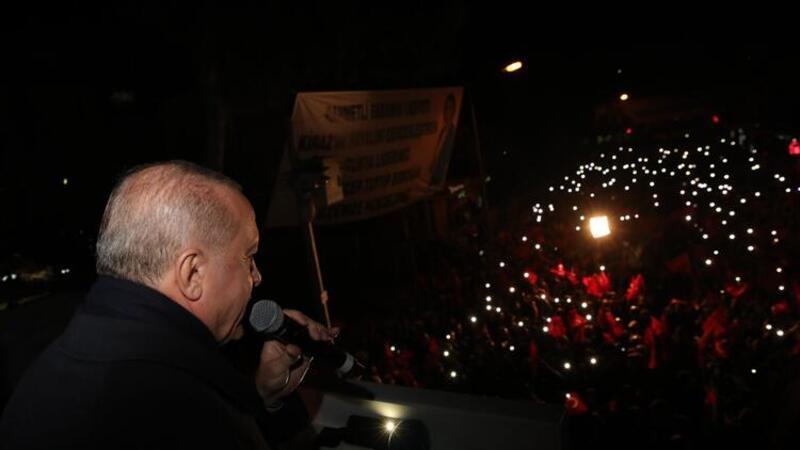 Cumhurbaşkanı Erdoğan, İzmir'in Kiraz ilçesinde vatandaşlara hitap etti