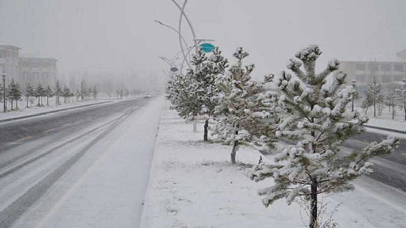 Doğu'da ulaşıma kar engeli