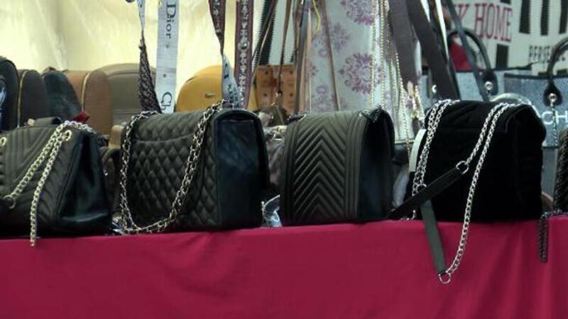 Sahte çantalar fiyatları görenleri şaşırtıyor