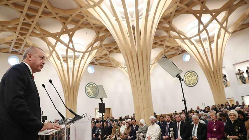 Cumhurbaşkanı Erdoğan, Cambridge Camisi'nin açılış törenine iştirak etti