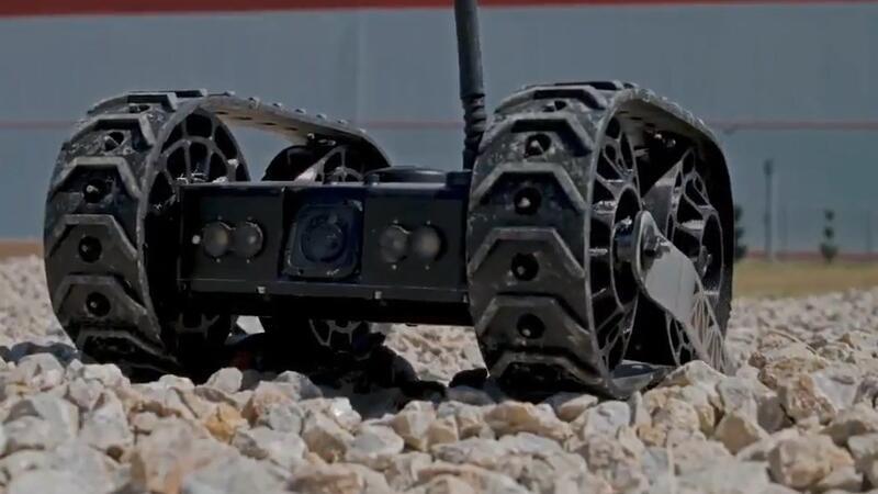 """""""Hafif Sınıf İnsansız Kara Aracı"""" prototipinin görüntüleri"""