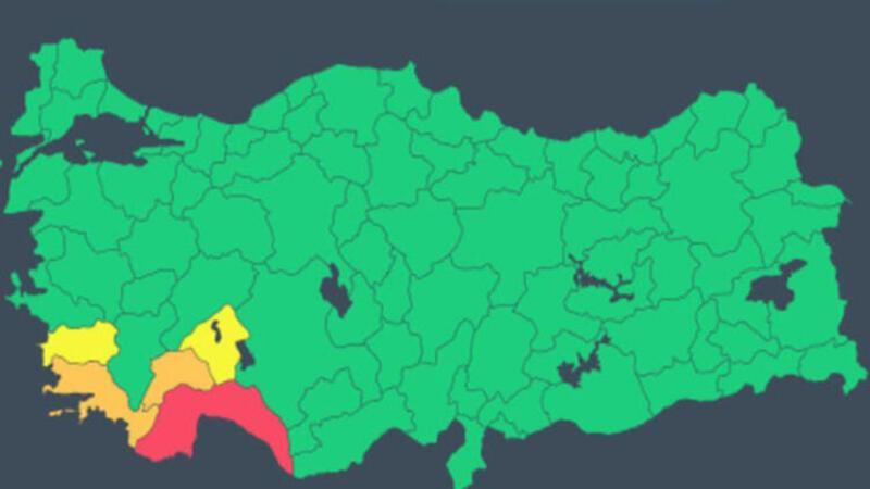"""Meteorolojiden Antalya için """"kırmızı kod"""" alarmı"""