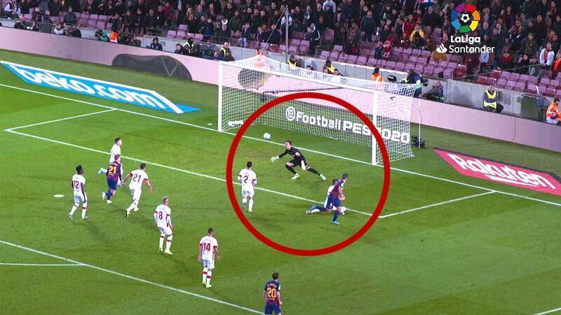 Luis Suarez'in efsane golünü bu açıdan izlediniz mi?