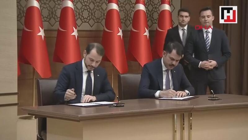 100 bin konut için imzalar atıldı