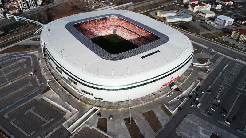 Sivas Yeni 4 Eylül Stadı Fenerbahçe maçına hazır