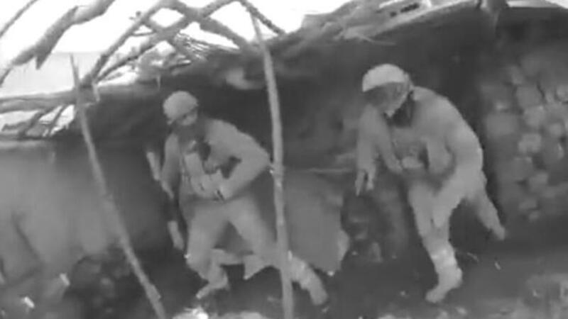 4 teröristin etkisiz hale getirildiği operasyon kamerada