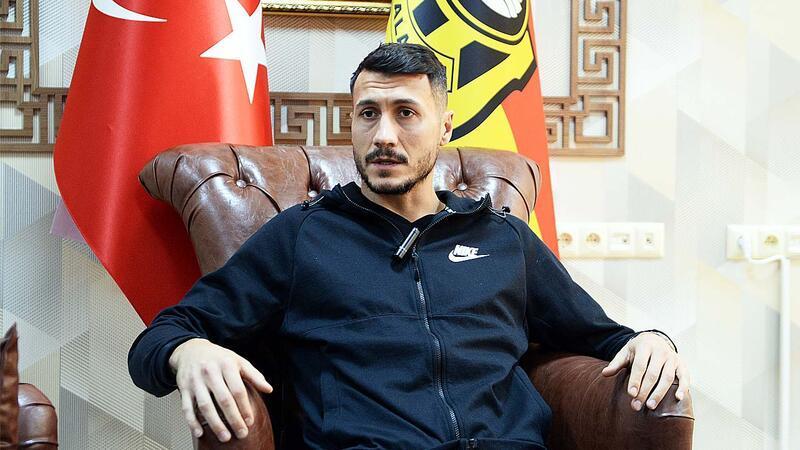 Adis Jahovic'ten Türkçe açıklamalar