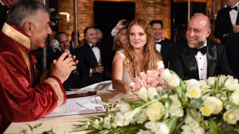 Oyuncu Naz Elmas, iş insanı Erol Özmandıracı ile evlendi