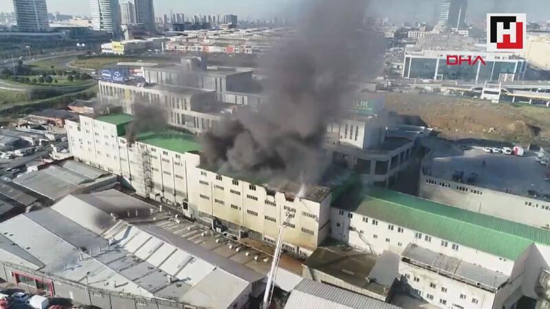 Başakşehir'de işyerinde yangın