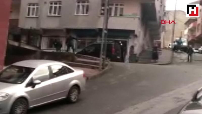 Gaziosmanpaşa'da sokak ortasında kadını sopayla dövdü
