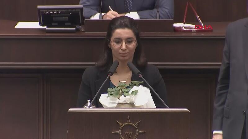 Şehit kızı Gülay Demir, AK Parti grup toplantısında kürsüye çıktı