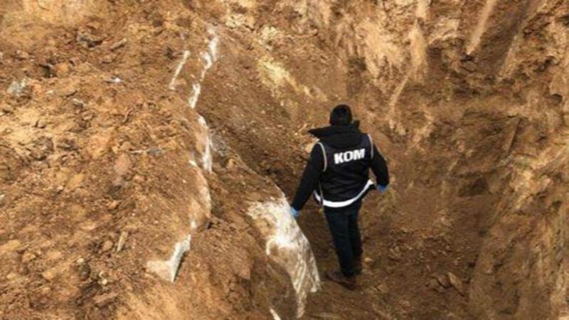 Aksaray'da kepçe ile define arayan 11 kişi suçüstü yakalandı