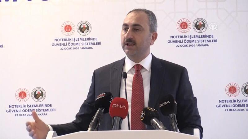 Bakan Gül'den noterlik açıklaması