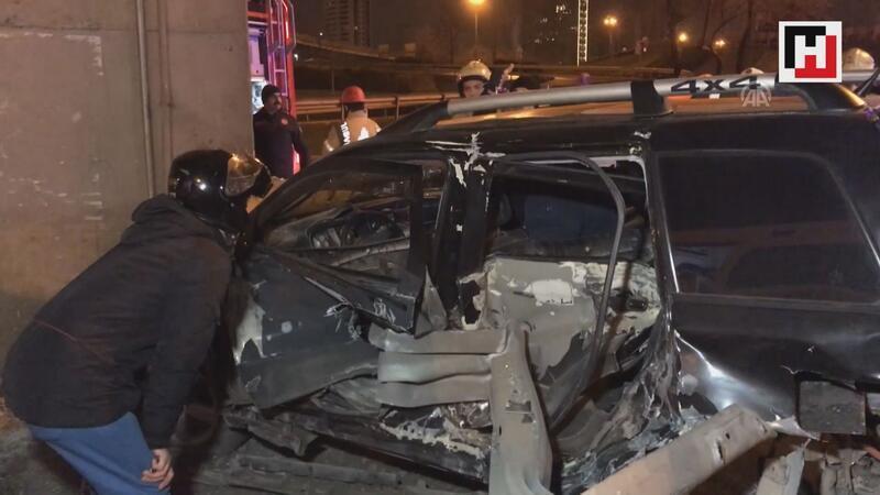 Ataşehir'de otomobille kaza yapan 14 yaşındaki çocuk bacağından oldu