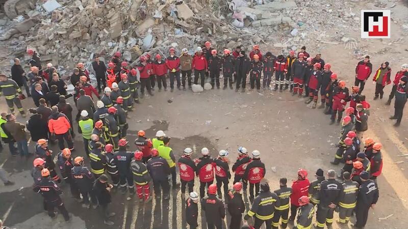 Sürsürü Mahallesi'nde yıkılan binada arama kurtarma çalışmaları sona erdi