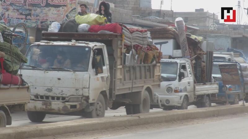 39 bin sivil daha Türkiye sınırı yakınlarına göç etti