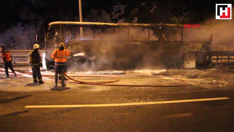 Tokat'a giden otobüs alev alev yandı