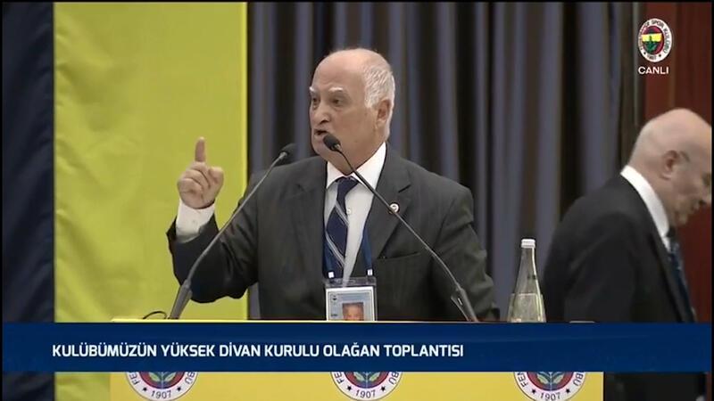 Fenerbahçe Olağan Yüksek Divan Kurulu'nda Veysel Oran kendinden geçti