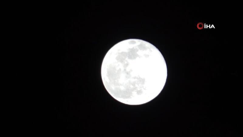 2020 yılının ilk Süper Ay'ı İstanbul'da görüldü