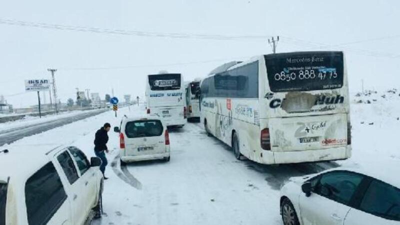 Uluslararası İpek Yolu kardan kapandı