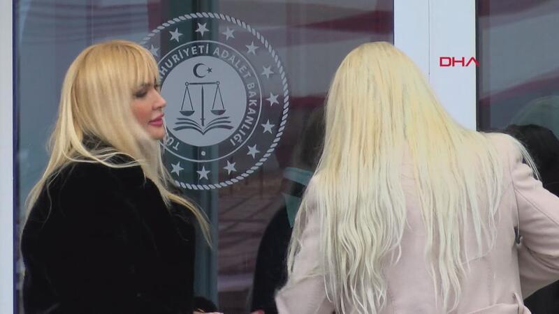 Adnan Oktar davasında tahliye edilen kadınlar duruşmaya geldi