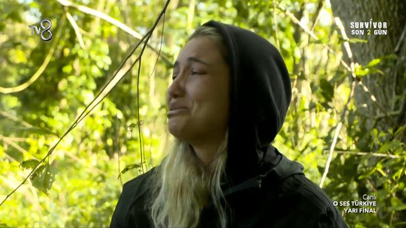 Survivor yarışmacısı Evrim Keklik gözyaşlarına boğuldu