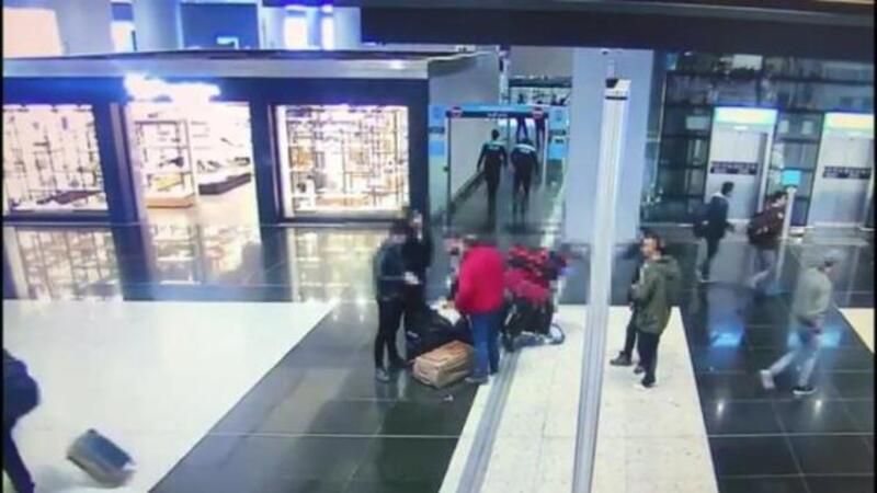 Yurt dışına ilaç kaçıran yabancı uyruklu şüpheliler kamerada