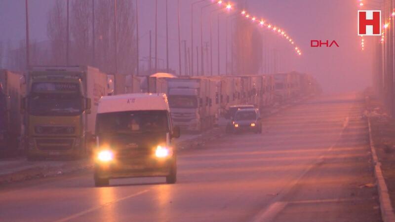 Son Dakika! İran'a giden TIR şoförlerinde 'koronavirüs' tedirginliği