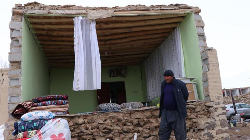 Son Dakika: Bakan Kurum'dan Van'da hasar gören yapılara ilişkin açıklama